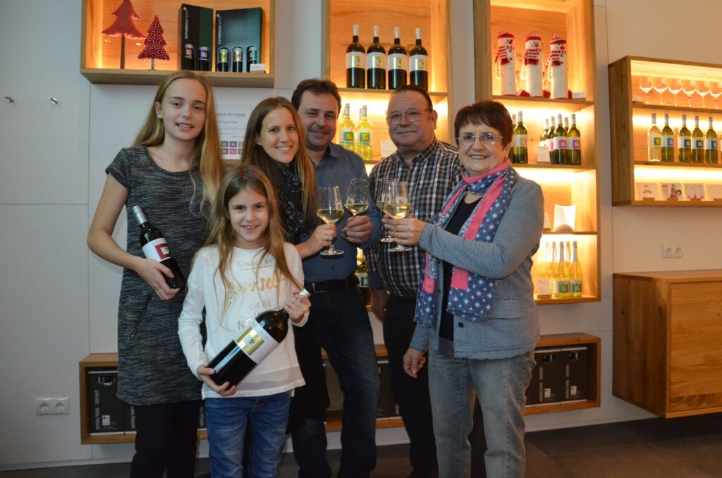 Familie Holzer im Vineum